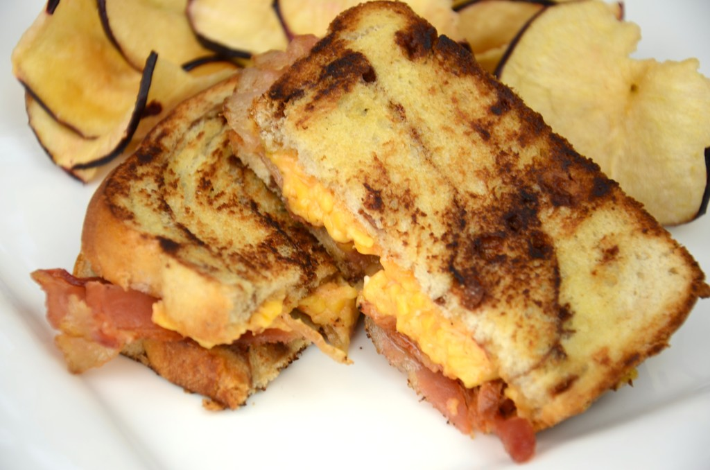 grilled palmetto cheese sandwich